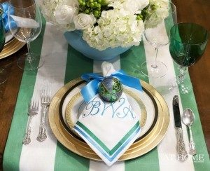 beautiful-christmas-centerpieces-20-300x244